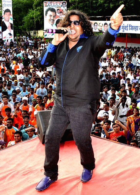 shabab sabri during Dahi Handi festival at Politician Sanjay Nirupam`s Dahi Handi in Mumbai on August 29, 2013.