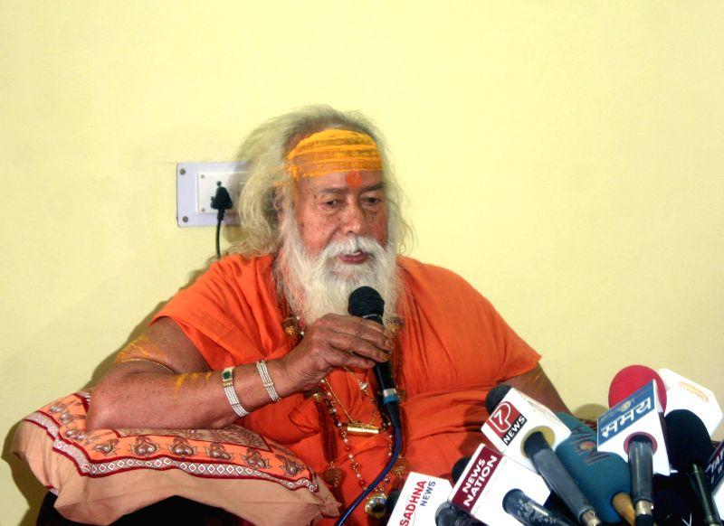 Shankaracharya of Dwarka and Jyotir Math, Swami Swaroopanand addresses a press conference in Bhopal on July 4, 2014.