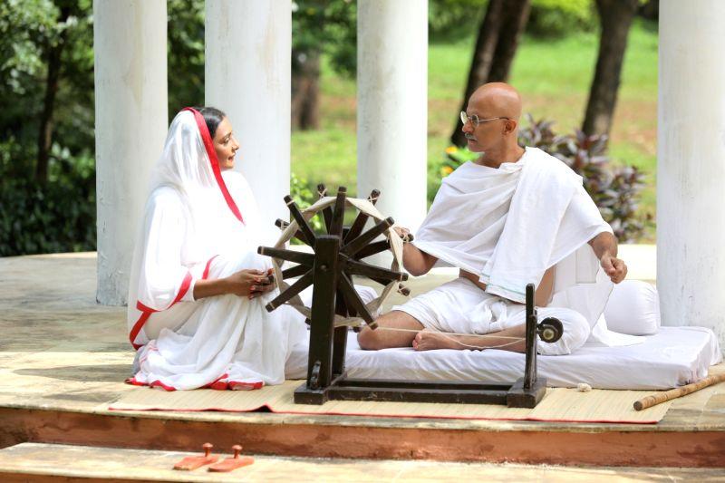 Shanthipriya with Rajesh Khera.