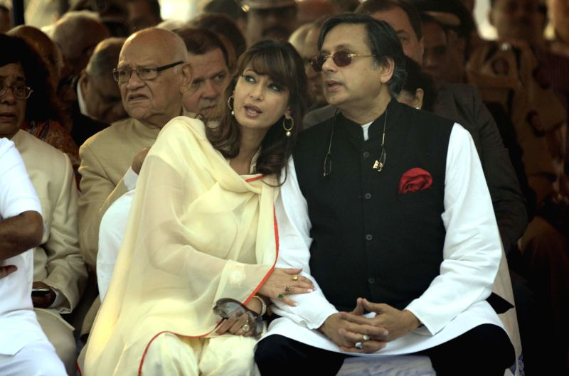Shashi Tharoor and his wife Sunanda Pushkar.