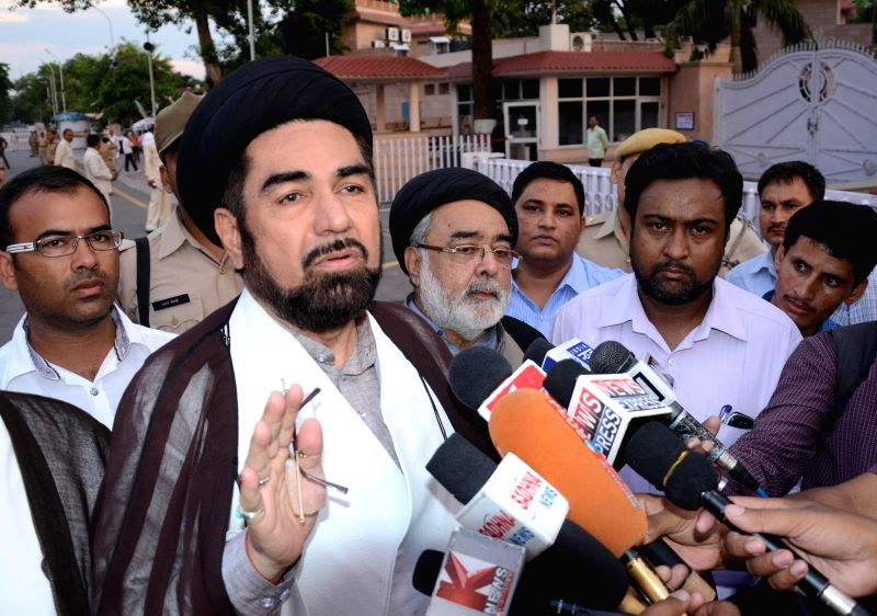 Shia Muslim cleric Kalbe Jawad addresses press in Lucknow on July 30, 2014.