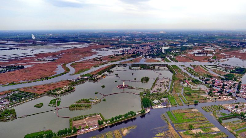 SHIJIAZHUANG, April 27, 2017 - Photo taken on April 25, 2017 shows the scenery of Baiyangdian, one of the largest freshwater wetlands in north China, in Anxin County, north China's Hebei Province. ...