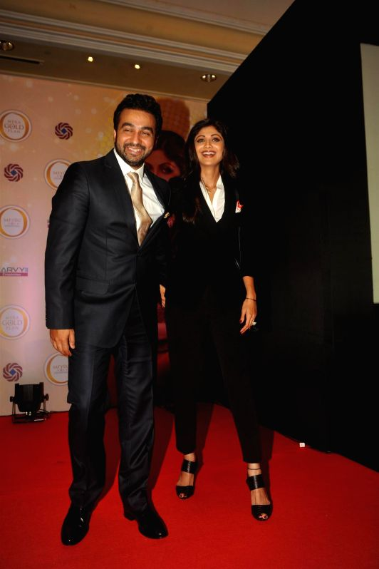 Shilpa Shetty and her husband Raj Kundra during the announcing the launch of the Gold plan of Satyug Gold, a company promoted by them at Hotel ITC Grand Central in Mumbai on July 8, 2014. - Raj Kundra