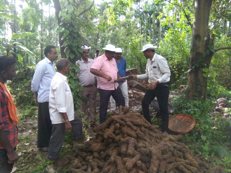 ":Shivamogga: Over 1,000 ""war rockets"" of the 18th century ruler of the erstwhile Mysore state, Tipu Sultan, were found in an abandoned open well at Bidanooru Fort in Karnataka's Shivamogga ..."