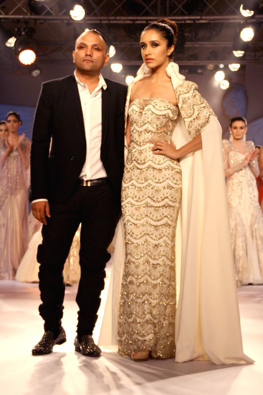 Shraddha Kapoor at designer Gaurav Gupta show at the India Couture Week 2014, in New Delhi on July 18.2014. - Shraddha Kapoor