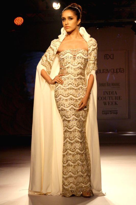 Shraddha Kapoor at designer Gaurav Gupta show at the India Couture Week 2014, in New Delhi on July 18.2014. - Shraddha Kapoor