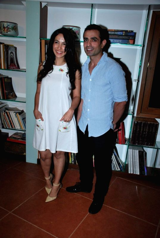 Shraddha Nigam At The Launch Of Tv Actor Mayank Anand S Book Love From Sidelines