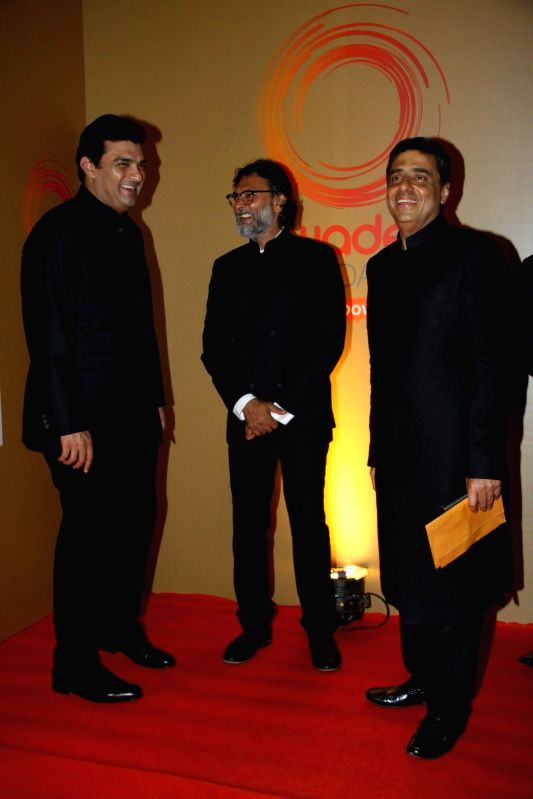 Siddharth Roy Kapoor, MD, The Walt Disney Company India, filmmaker Rakeysh Omprakash and Swades Foundation founder trustees Ronnie Screwvala during the launch of Van Heusen Spring Summer 2014 limited - Siddharth Roy Kapoor
