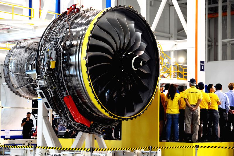Photo taken on Jan. 20, 2015 shows a Rolls-Royce Trent 1000 aero engine sitting on a platform at the unveiling ceremony in Singapore's Rolls-Royce Seletar Campus,
