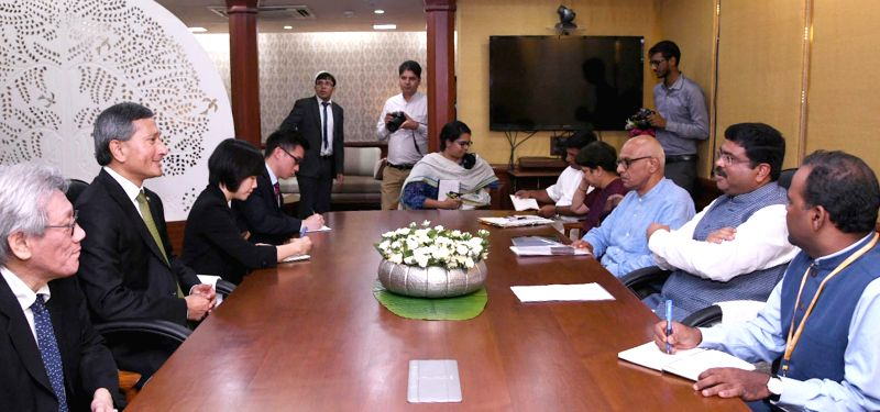 Singapore's Foreign Affairs Minister Vivian Balakrishnan during a meeting with Union Petroleum and Natural Gas and Skill Development and Entrepreneurship Minister Dharmendra Pradhan, in ... - Vivian Balakrishnan
