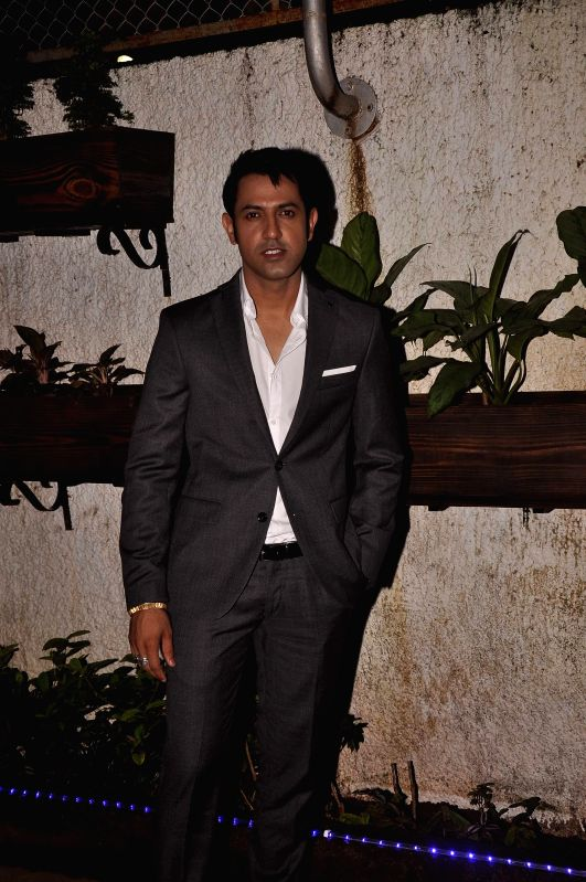 Singer and actor Gippy Grewal during the screening of Subhash Ghai`s Punjabi film `Double Di Trouble` in Mumbai, on Aug 29, 2014. - Gippy Grewal