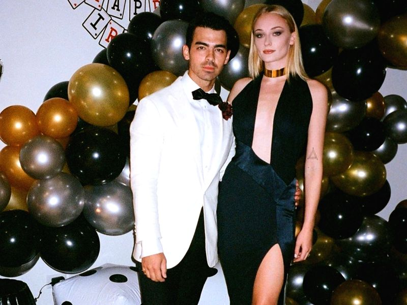 "Singer Joe Jonas marked his 30th birthday with a ""James Bond"" themed birthday party."