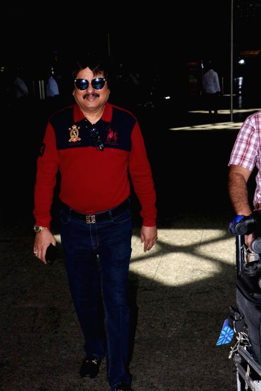 Singer Pankaj Udhas spotted at airport in Mumbai, on May 26, 2017.