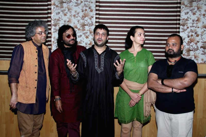 Singer Roop Kumar Rathod during the Rehearsals of the concer `Ru Ba Ru` The Soul of Fusion, in Mumbai, on Feb 9, 2015. - Roop Kumar Rathod