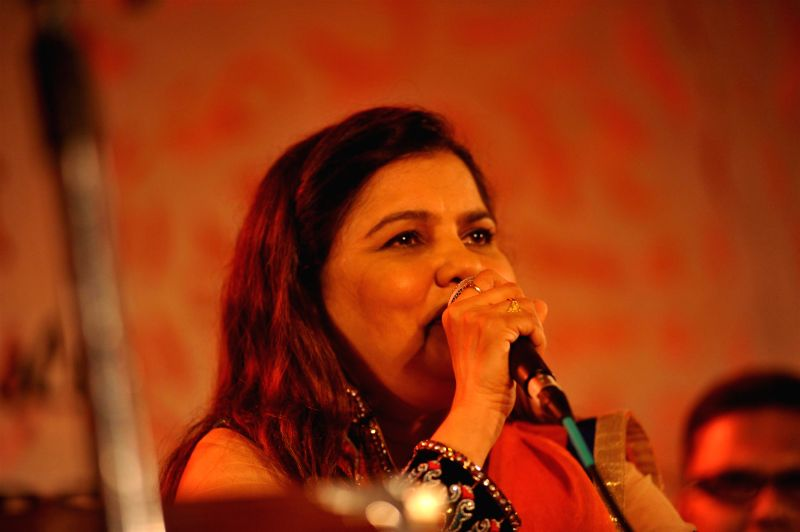 Singer Sadhana Sargam during the Khazana, A Festival of Ghazals organized in aid of Cancer Patients Aid Association and Parents Association Thalassemic Unit Trust in Mumbai, on August 1, 2014.
