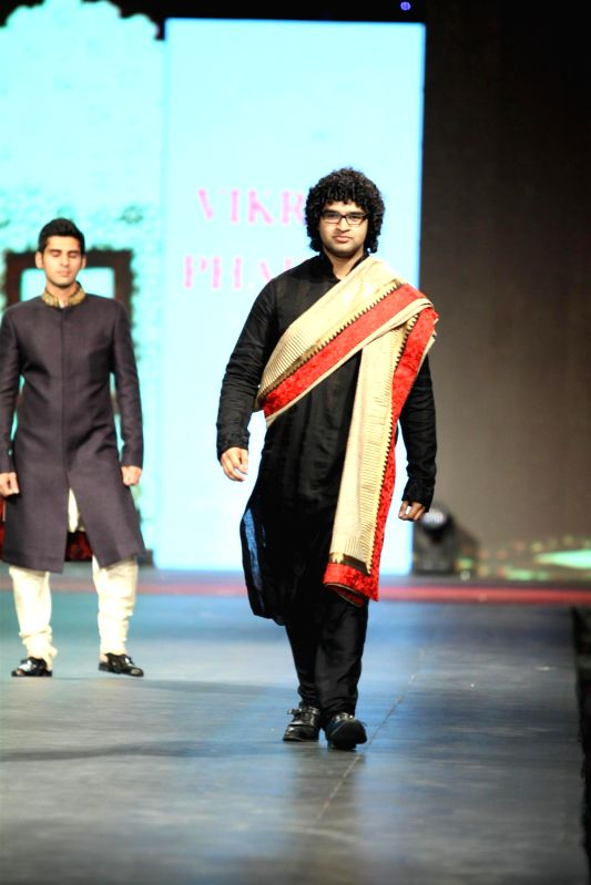 Singer Siddharth Mahadevan during the `Caring with Style` 9th Annual Fashion Show by Fevicol in support of CPAA (Cancer Patient Aid Association) at NSCI in Worli, Mumbai on Sunday, May 10, 2014.
