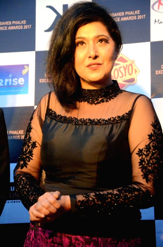 Singer Vibha Kapoor at the Dadasaheb Phalke award function in Mumbai on April 21, 2017. Vibha got the Best Playback singer award for album 'Rabba O Rabba'. - Vibha Kapoor