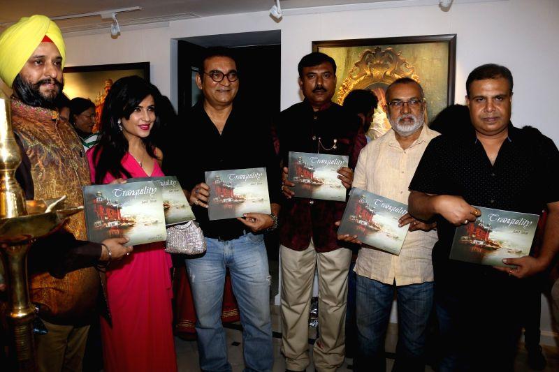 singers Abhijeet Bhattacharya and Shibani Kashyap  during an art exhibition in Mumbai on May 1, 2017. - Shibani Kashyap