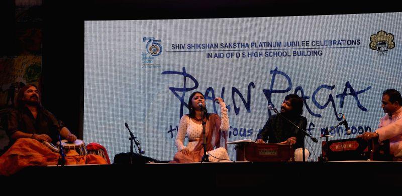 Singers Roop Kumar Rathod and Suchismita Das perform during `Rain Raga` in Mumbai on June 29, 2014. - Roop Kumar Rathod