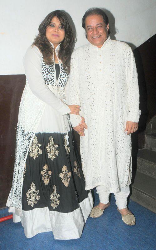 Smita Parikh and singer Anup Jalota during the Jagjit Singh's brother Kartar Singh's book launch in Mumbai on July 18, 2014. - Jagjit Singh
