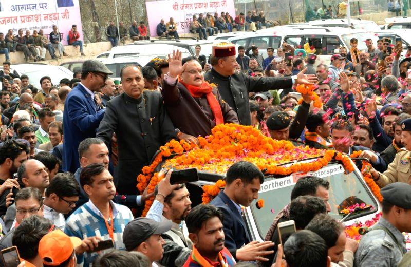 Solan: BJP National President JP Nadda, Dr Rajeev Bindal, Chief Minister Jairam Thakur, MOS Anurag Thakur and other leaders of the state during Abhinandan Karyakram in Solan, Himachal Pradesh on Feb 27, 2020. (Photo: IANS)