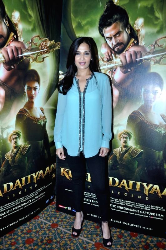 Soundariya Rajnikanth at film Kochadaiiyaan media meet in Mumbai on Monday, May 5, 2014.