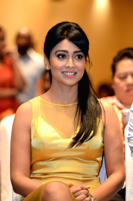 South Indian International Movie Awards (SIIMA) press meet in association with `Anjaan` premiere. Suriya, Rana Daggubati, Shriya Saran, Yuvan Shankar Raja, G Dhananjayan of UTV Motion Pictures and ...