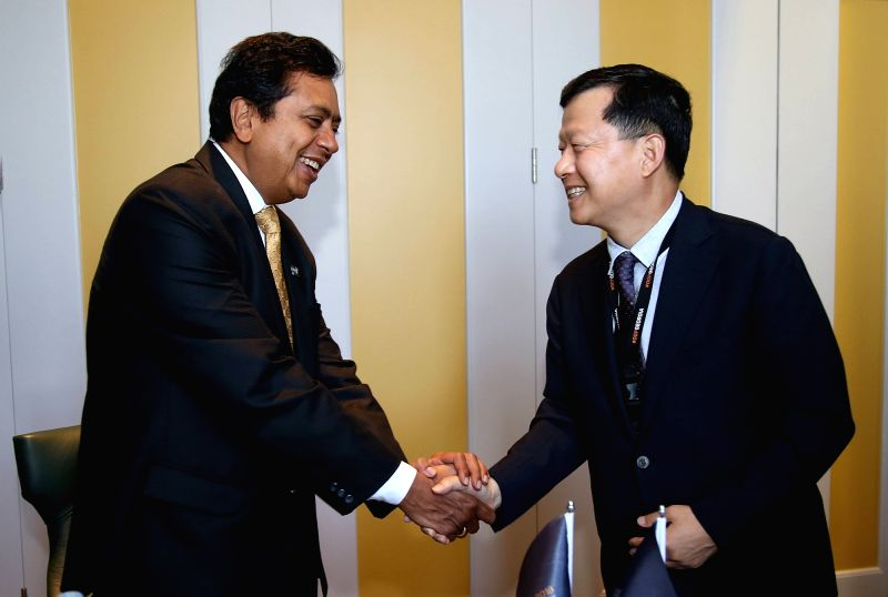 South Korean Vice Interior and Safety Minister Shim Bo-kyun (R) meets with Sanjay Pradhan, chief executive officer of Open Government Partnership (OGP), in Tbilisi, Georgia on July 18, 2018, ... - Shim B