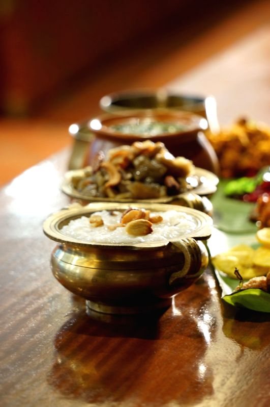 Time to taste authentic kerala cuisine on vishu with images for Authentic kerala cuisine