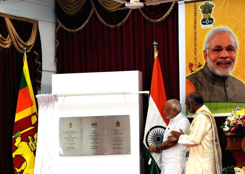 Sri Lanka: Prime Minister Narendra Modi lays the foundation stone of Jaffna Cultural Centre, in Sri Lanka on March 14, 2015. - Narendra Modi