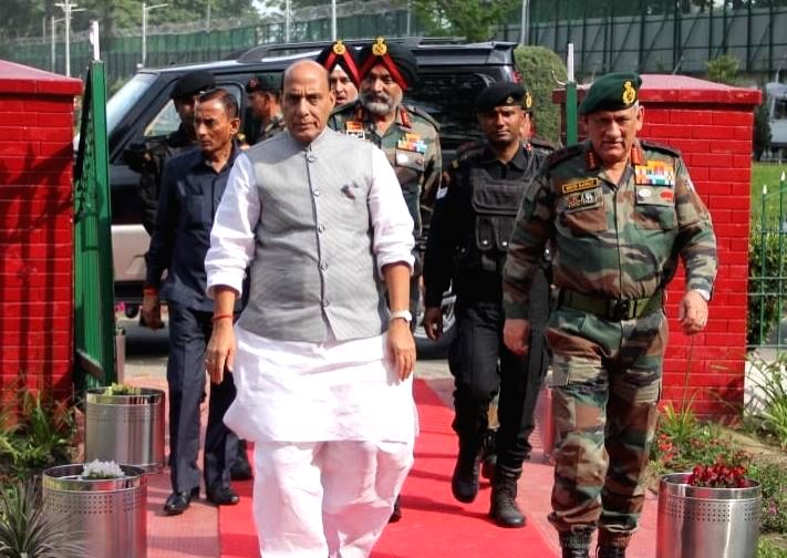 Srinagar: Defence Minister Rajnath Singh along with Chief of the Army Staff General Bipin Rawat and Indian Army Northern Command General Officer Commanding-in-Chief Lieutenant General Ranbir Singh, on his arrival in Srinagar to review the prevailing