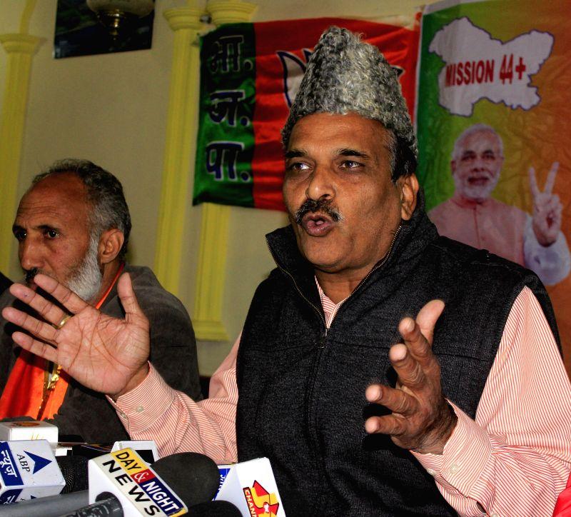 Jammu and Kashmir BJP Vice President Ramesh Arora a press conference in Srinagar on Nov 19, 2014.