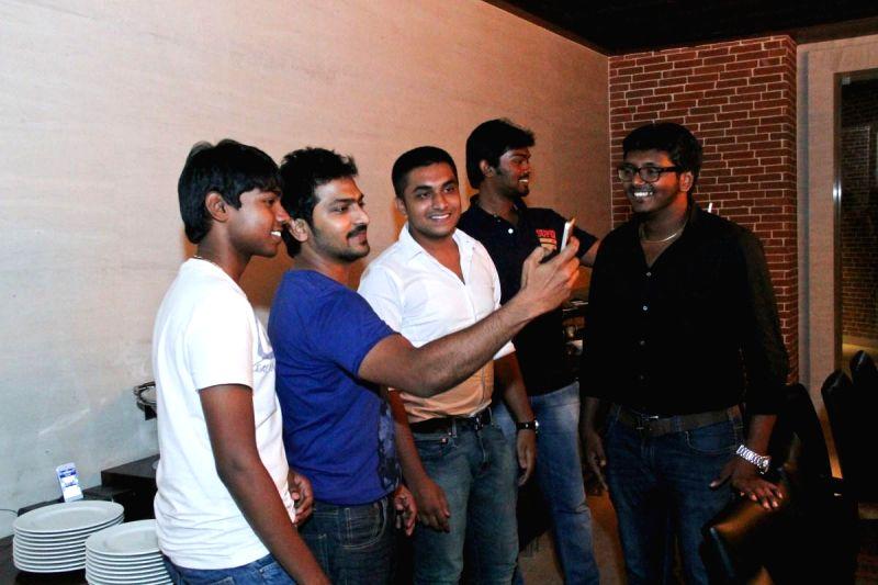 Stills from Kappal (upcoming Tamil film) dinner.