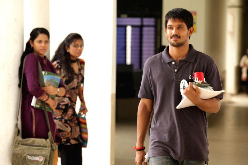 Stills from Tamil film `Tamilukku En Ondrai Aluthavum`.