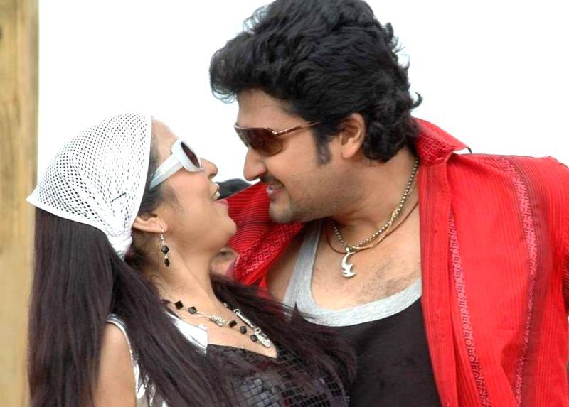 Stills from Telugu film `Manase Maaya`.