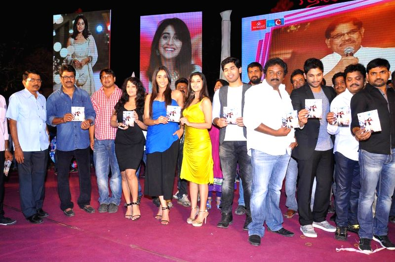 Stills from the audio launch of Maruthi's upcoming Telegu film 'Kotha Janta' in Hyderabad on April 12, 2014.