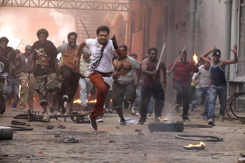 Stills from upcoming Tamil film ` Vaalu`.
