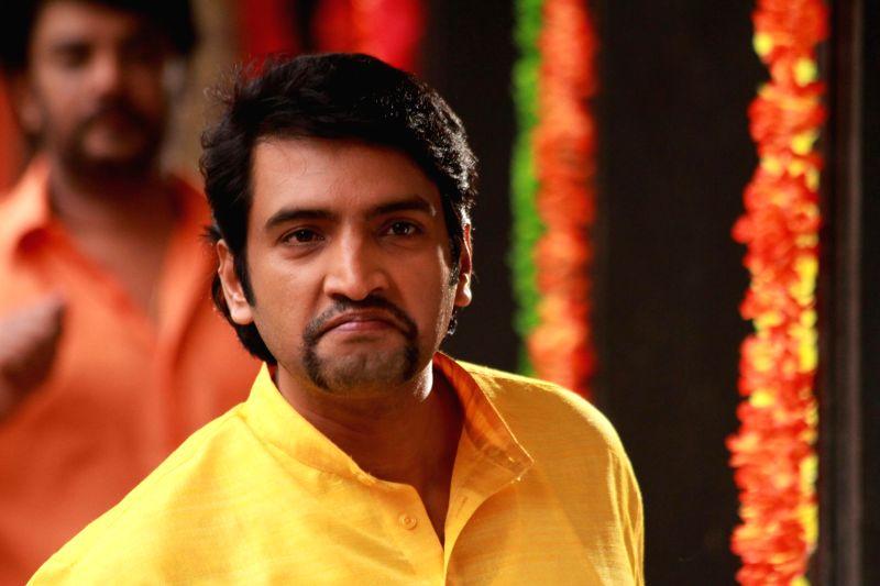 Stills from upcoming Tamilfilm 'Aranmanai'.