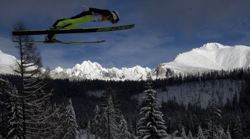 A Skier competes during the Nordic Combined at 2015 Winter Universiade in Strbske Pleso, Slovakia, Jan. 31, 2015.