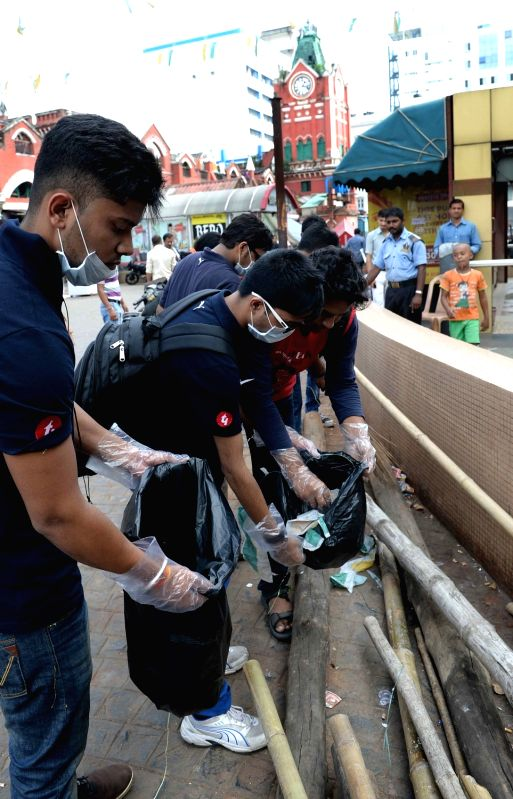 Students of Meghnad Saha Institute of Technology organised a Swachh Bharat Abhiyan at New Market area in Kolkata on Oct 31, 2015.