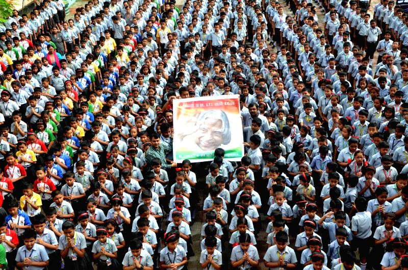 Students pay tribute to former president APJ Abdul Kalam in Agartala, on July 29, 2015.