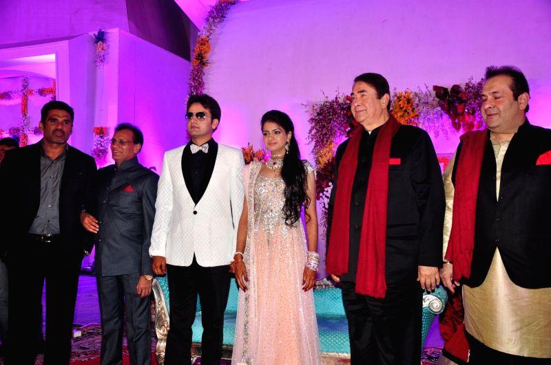 celebs at wedding reception of devhooti and vikas purohit