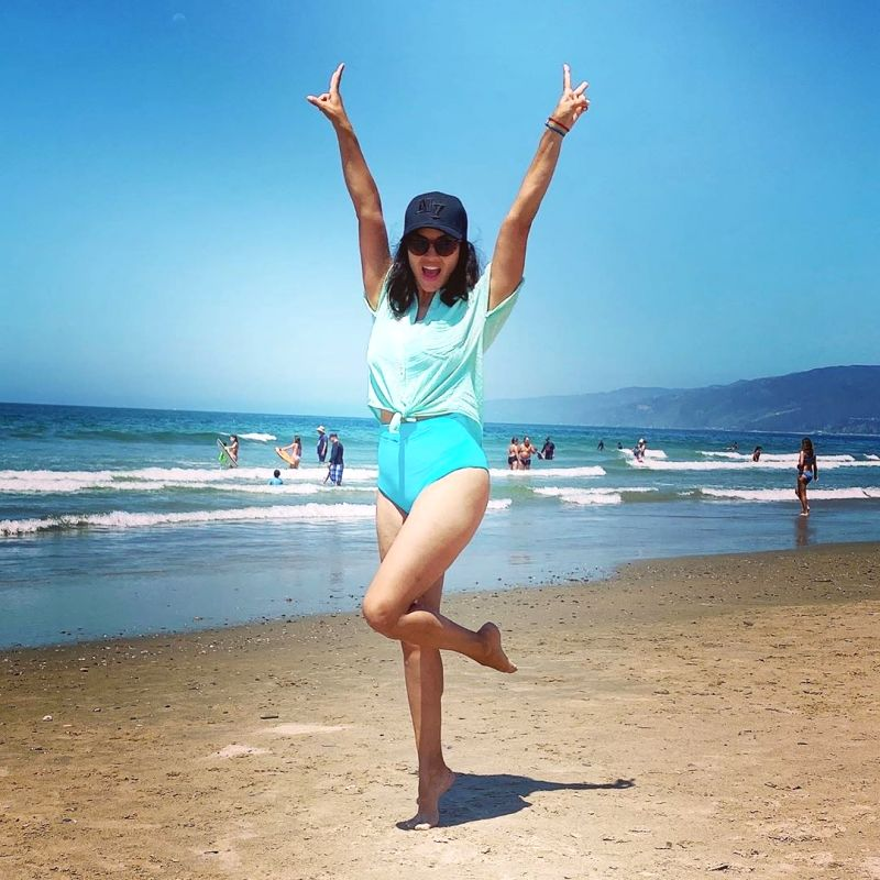 Sunny Leone is 'social distancing at the beach'.