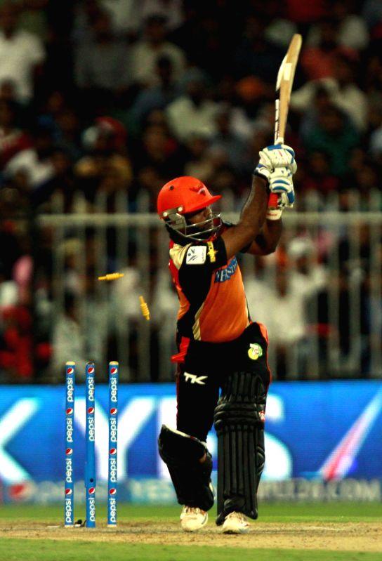 Sunrisers Hyderabad player Venugopal Rao gets bowled during the ninth match of IPL 2014 between Sunrisers Hyderabad and Kings XI Punjab, played at Sharjah Cricket Stadium in Sharjah of United Arab ... - Venugopal Rao
