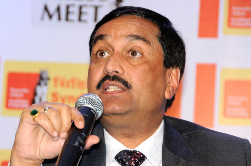 Syndicate Bank CMD Sudhir Kumar Jain addresses a press conference in Bangalore on May 7, 2014. - Sudhir Kumar Jain