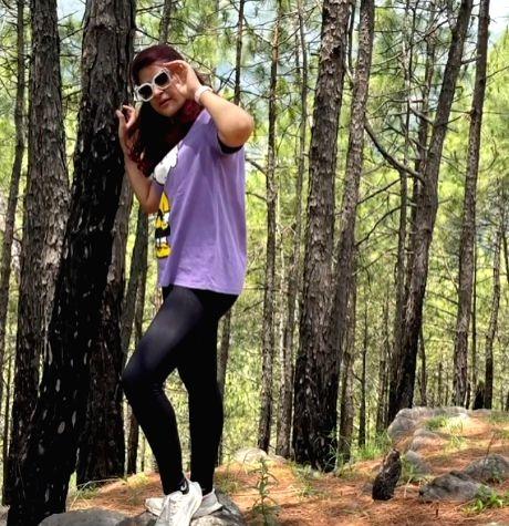 Tahira Kashyap does impromptu cleaning while on Kasauli trek (Photo:Instagram)