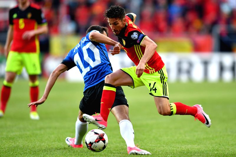 TALLINN, June 10, 2017 - Dries Mertens (R) of Belgium vies with Sergei Zenjov of Estonia during the 2018 FIFA World Cup European qualifiers Group H match between Belgium and Estonia in Tallinn, ...