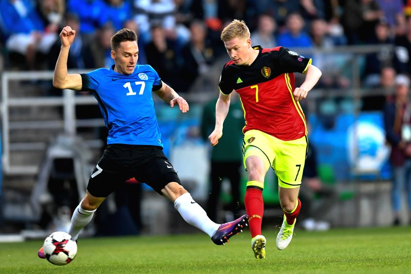 TALLINN, June 10, 2017 - Kevin De Bruyne (R) of Belgium vies with Siim Luts of Estonia during the 2018 FIFA World Cup European qualifiers Group H match between Belgium and Estonia in Tallinn, ...