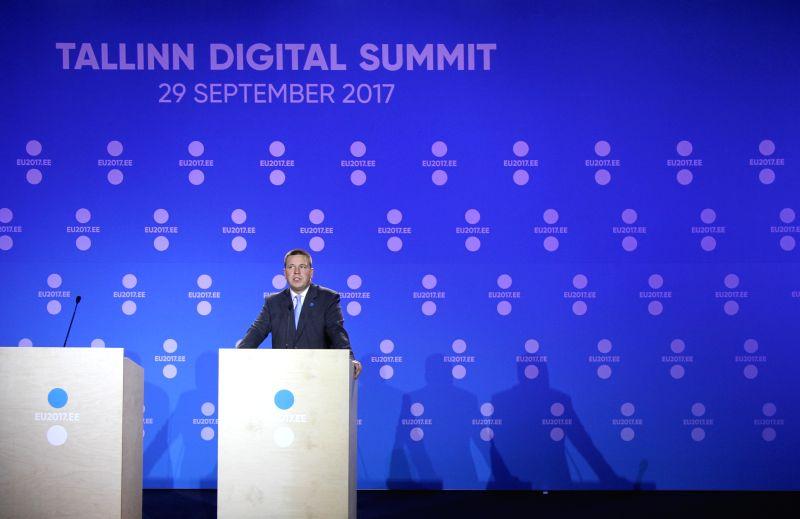 Juncker: no talk on Britain-EU trade deal yet