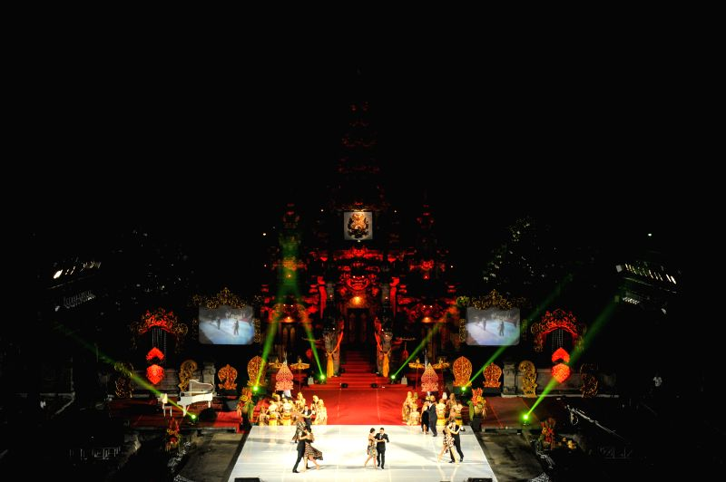Tango dancers perform during the Tango in Paradise Festival at Denpasar in Bali, Indonesia, Nov. 28, 2015. Tango in Paradise Festival is an unique Tango festival that ...
